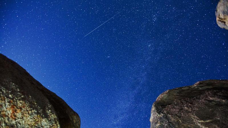 Meteor Shower Credit To - https://www.flickr.com/photos/evosia/